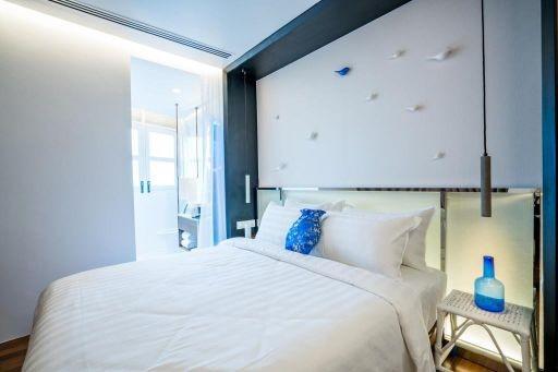 Cozy Room (Queen Size)