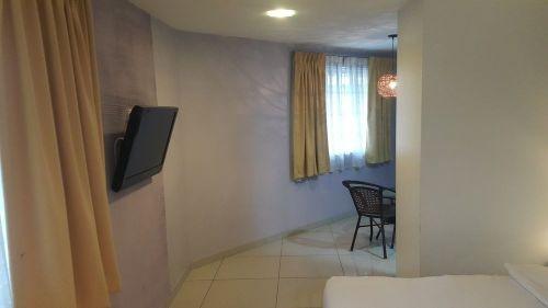 Suite Queen Room