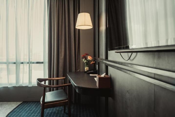 Brewster Cosy Room