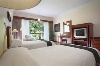 Deluxe Double Room with Garden